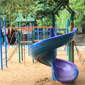 Jayamahal Park- Children's slides, swings, play areas, parks, open spaces, best parks in Bangalore for kids to enjoy