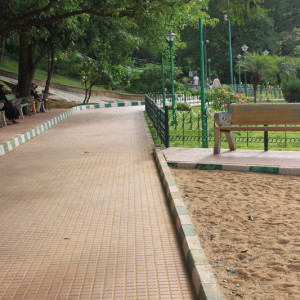 Jayamahal Park- Children's slides, swings, see saw, rides, play areas, parks, open spaces, best parks in Bangalore for kids to enjoy, gardens for kids in bangalore