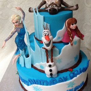 Paaliz Cake Art- Frozen theme Birthday Cake