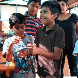 craft caravan, Kids Birthday Party Entertainer, Bangalore, offers a greta craft activity programme for children, Arts and crafts