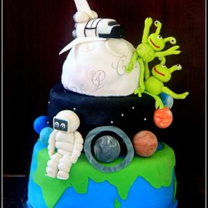 PnP Cakes- Astronaut Star Wars theme birthday cake