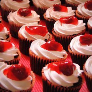 Sweet Whisk- Cupcake