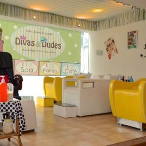 Divas-n-dudes-03