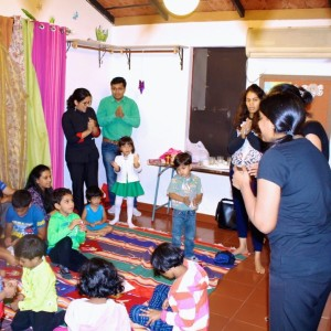 Imaginostory, Kids Birthday Party Entertainer, Bangalore, Story Telling, shadow puppets, rhymes, glove & finger puppets, theatre, art and musicals, Puppet show