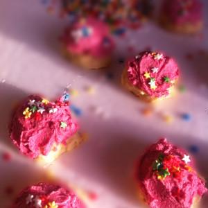 Pink-cookies-02