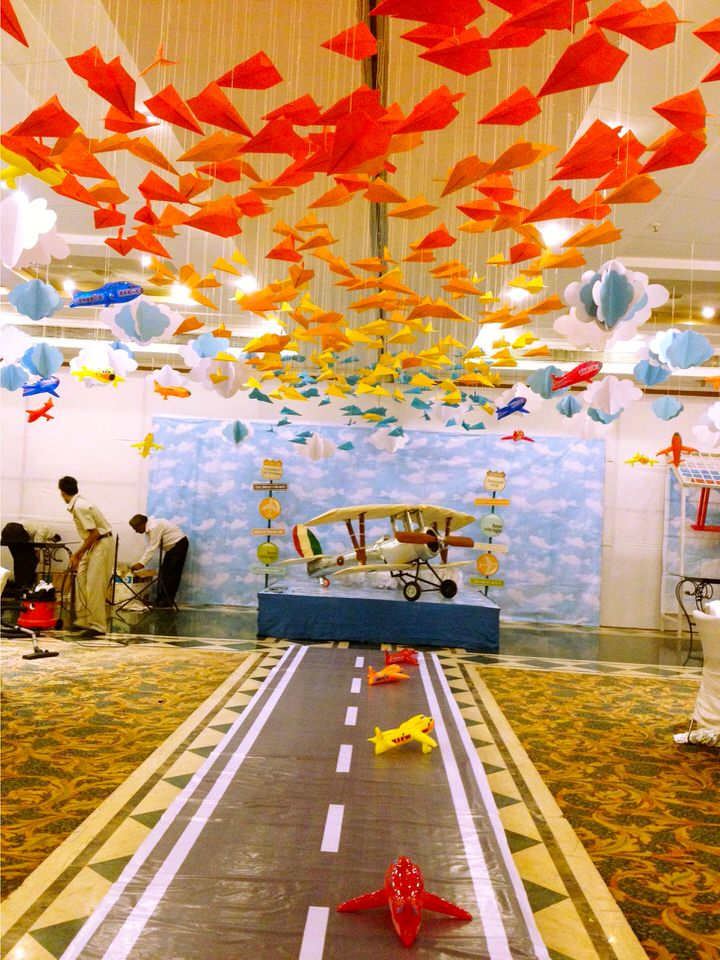 Kids birthday party planners in bangalore decorators for Airplane party decoration