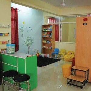 Hangout- Library, Cafe, Activity centre for kids