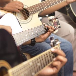 ArtShaala Music Class Guitar