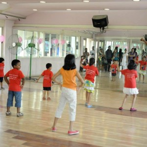 Dcruze Dance Studio In Session with Kids