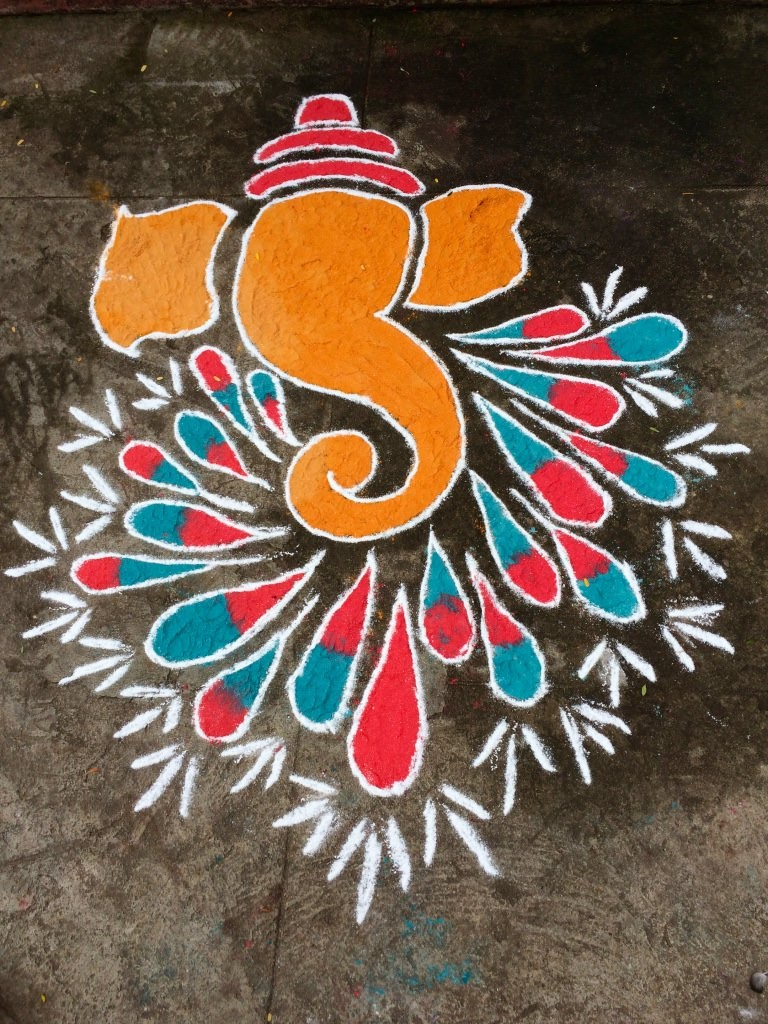 5 easy rangoli designs for Ganesh Chaturthi - BuzzingBubs