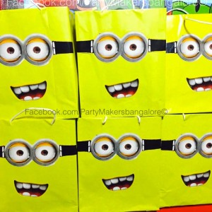 Party Makers Mionion Theme Retturn Gift