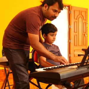 World Music Conservatory Keyboard Class for kids