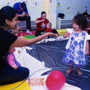 Baby Sensory Class for Mums and Babies