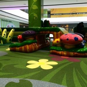 VR_mall_magic_garden_01
