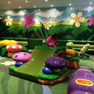 VR_mall_magic_garden_03