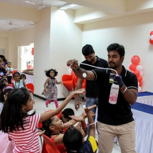 ScienceUtsav-Science-Activity-at-Birthdays
