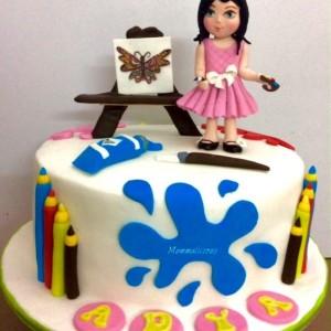 Mummalicious Arty themed cake
