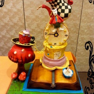 Mummalicious Designer Cake