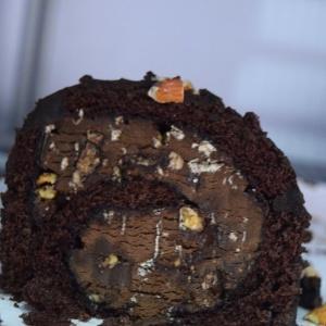 Baskin_Robins_chocolate_icecream_cake