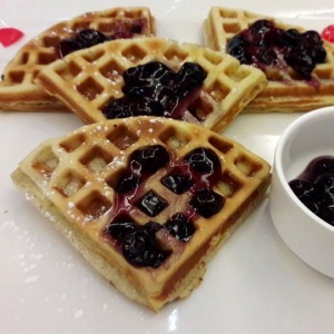 Creme_Crust_waffles_with_blueberry_sauce