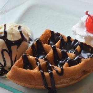 Swensens_Waffle_Sundae