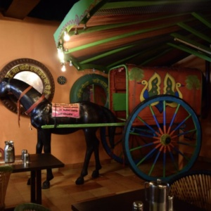 Kid_Friendly_Restaurant_Village_01