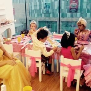 Princess Partyat Divas n Dudes