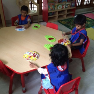 Kids Colouring and Painting at Little Lamps