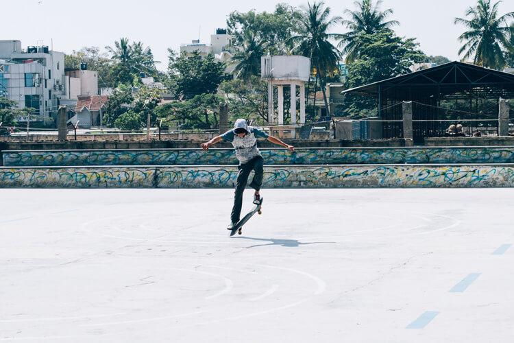 skateboarding-at-ngv-i, Skating spots