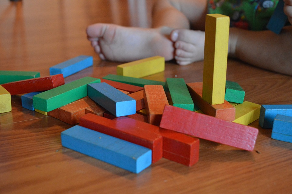 Toddler_Activities_Blocks