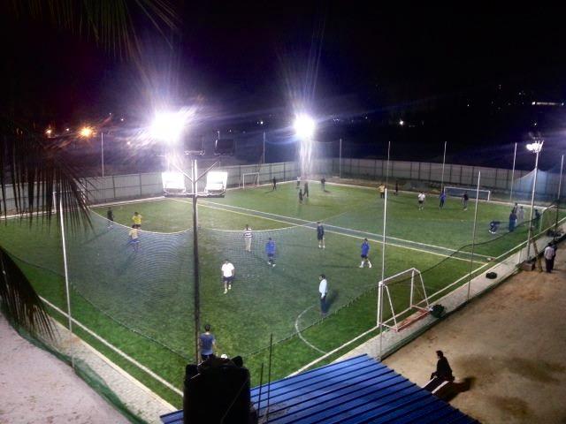 football_kick_on_grass