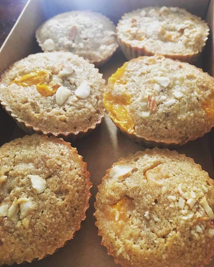 fitbakes-mango-banana-muffins