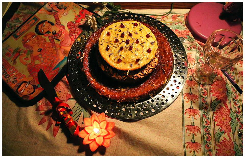 taamtra-three-tiered-cake