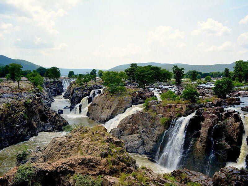 waterfalls_hogenakkal_falls