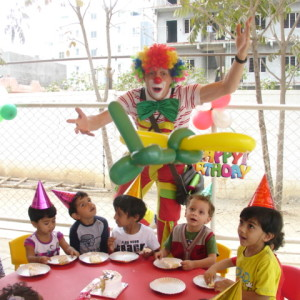 Jockel the Clown is the perfect person to entertain your little ones on their birthday. He also does ballon modelling, games, anchoring and fun play.