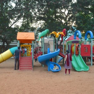 parks in Bangalore, Nandanavana Children's Park, Jayanagar is one the best parks in Bangalore to enjoy with your kids with a sand area, slides, swings, fountain and play area.