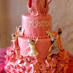 Happy Belly Bakes- Ballerina theme birthday cake