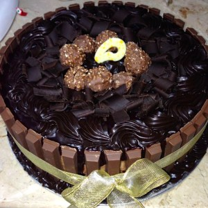 Cookies- Ferrero KitKat Birthday Cake