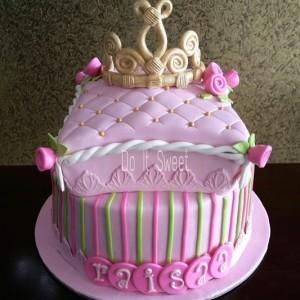 Do-It-Sweet-Princess theme Birthday Cake