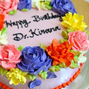 Frosted-Delights- Flower theme Birthday Cake