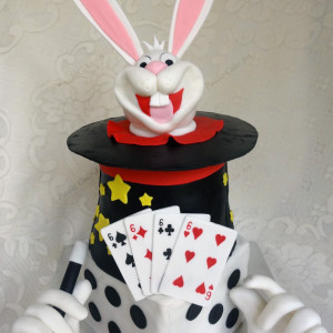 Paaliz Cake Art- Rabbit Hat Magic theme cake