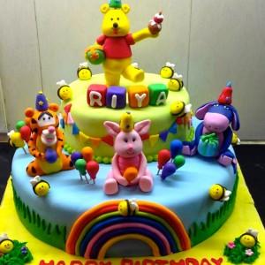 The Cake Lady- Winnie the Pooh Birthday Cake