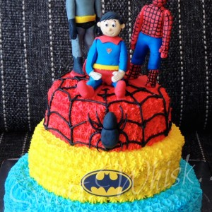 Sweet-Whisk-SuperHero-Cake