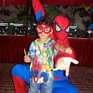 Daniel- Kids Birthday Party Entertainer, Magician, Balloon Modelling, Clown, Santa Claus, Magic Tricks, Pirate, Super Hero, Character, Jumping Castle, Spiderman,