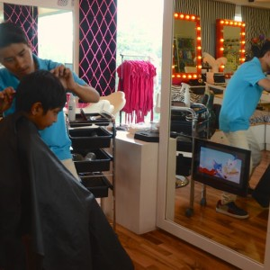 Divas & Dudes, kids salon, hair cut