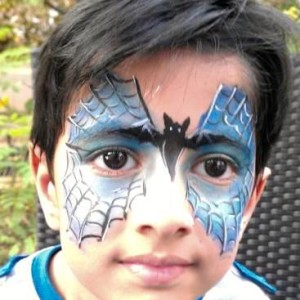 Rhema Eventz- Kids Birthday Party Entertainer offers Magician, Balloon Modelling, Clown, Super Hero characters, Tatoo Artist, Face Painter in Bangalore.