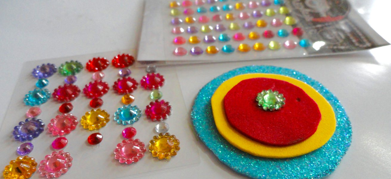 DIY Make A Rakhi At Home In 5 Easy Steps Cover Image