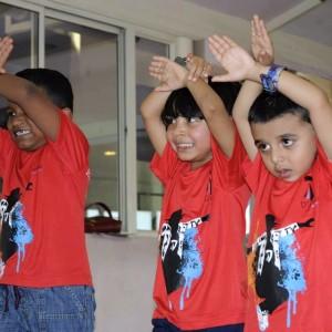 Dcruze Dance Studio Kids Laerning Dance Moves
