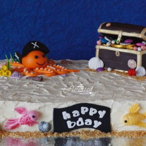 Floured Pirate Themed Cake