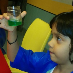 ScienceUtsav-Science-Experiment-Children